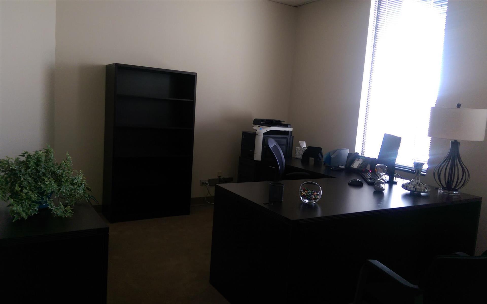 (DEN) Belcaro Place - Exterior Executive Suite