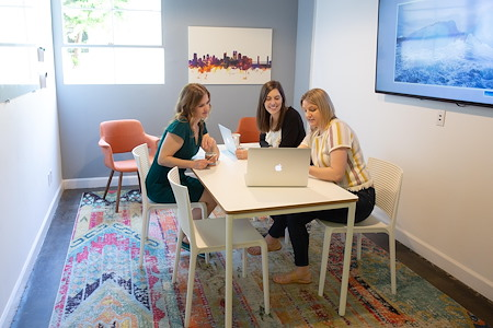 Outlet Coworking - Meeting Room 2