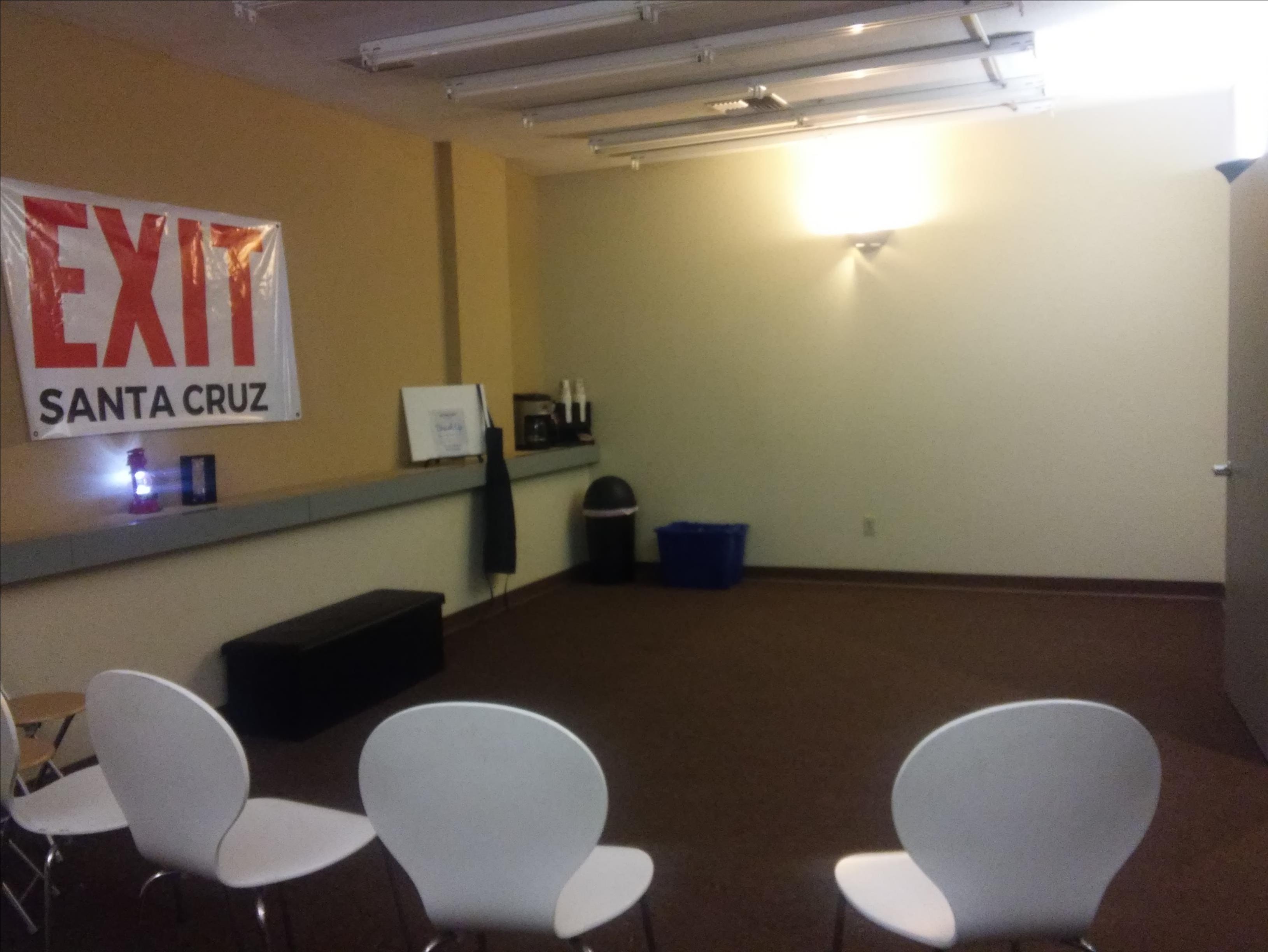 EXIT Santa Cruz - Conference Room