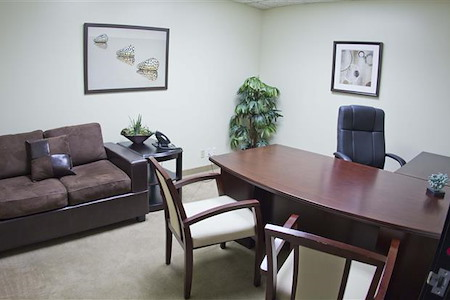 (PCH) Park Tower - Private Office