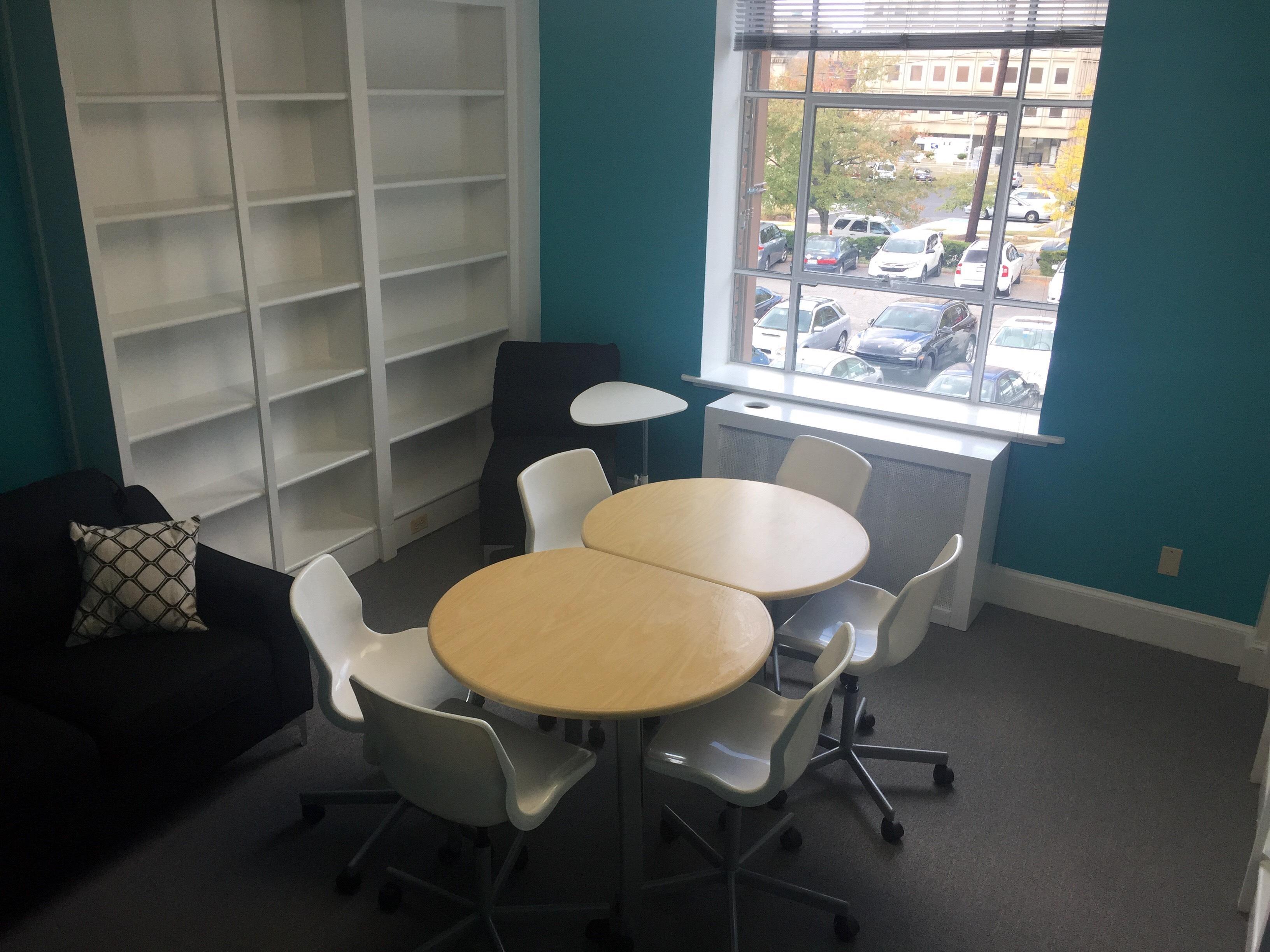 Takowork - Lounge Meeting Space
