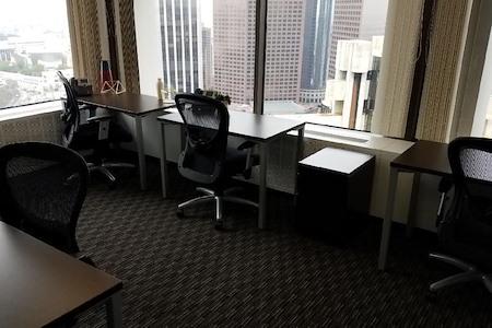 Union Bank - Corner Window Team Space for 5