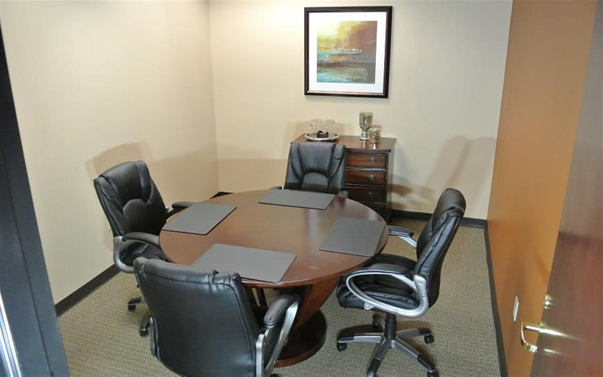 Orlando Office Center - Downtown Orlando - Meeting Room for Four