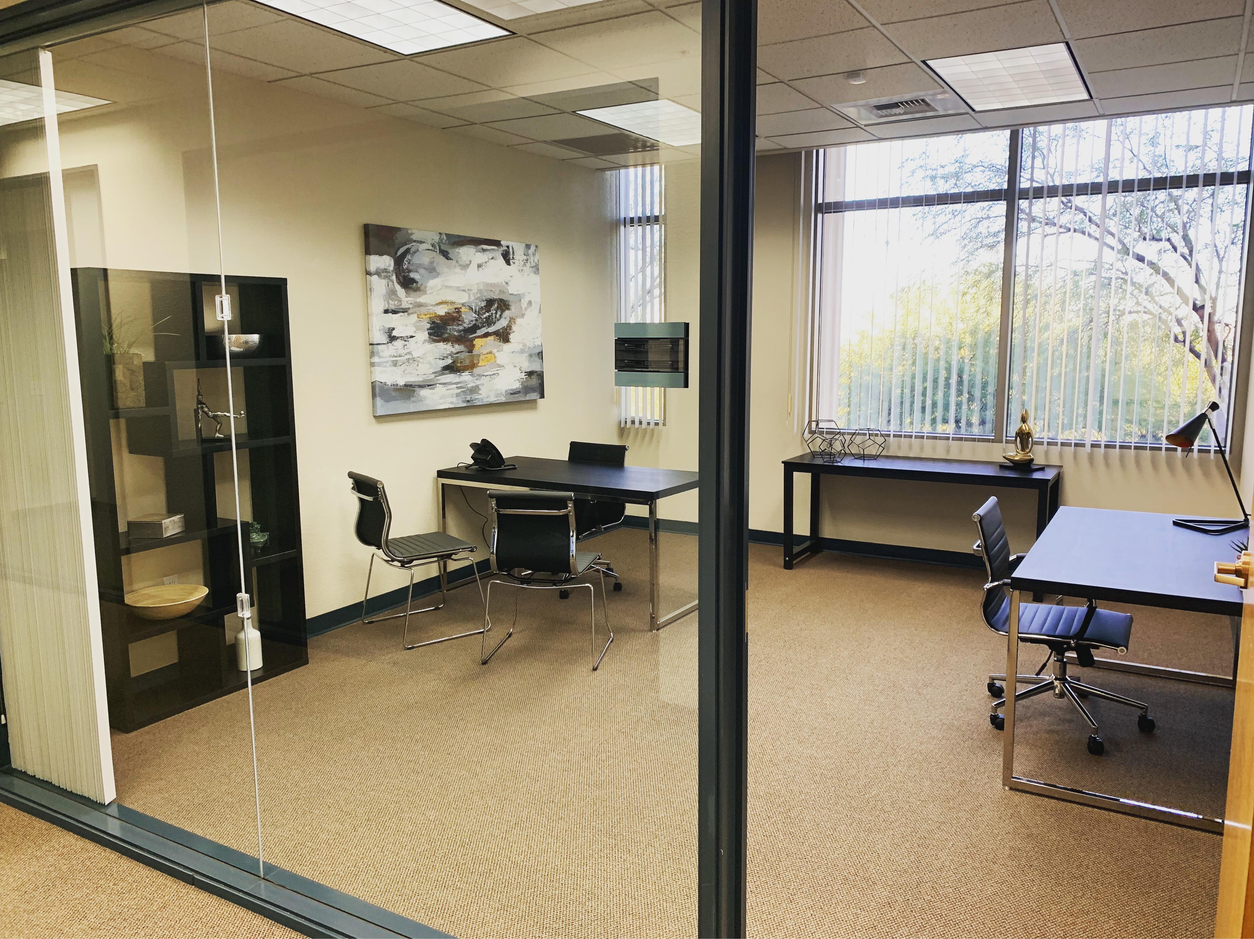 Privé Offices - Suite 1504