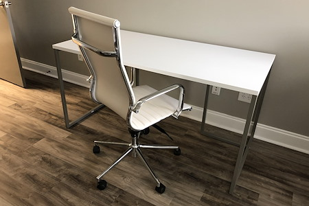 SuiteSciens, Inc. - Dedicated Desk