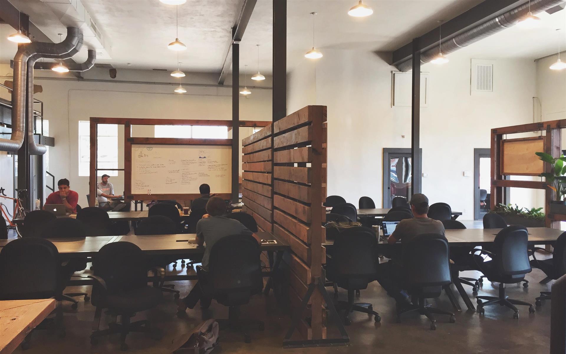 Common Desk | Oak Cliff - Shared Desk