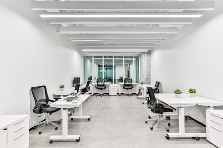 iQ Offices | 150 King Street West - Office Suite for 10