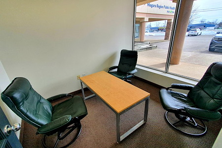 Fort Erie Business Centre - Casual Meeting Room