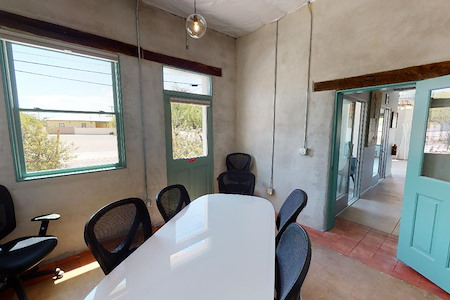La Suprema Works & Events - Small Meeting Room — Verde