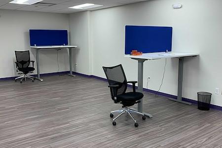 Co Working Space in Beautiful Downtown Ridgefield - Standup/Sitdown Open Floor (Desk #2)