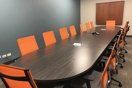 Office Evolution - Hoffman Estates - Meeting Room 3-Medium Conference Room CD