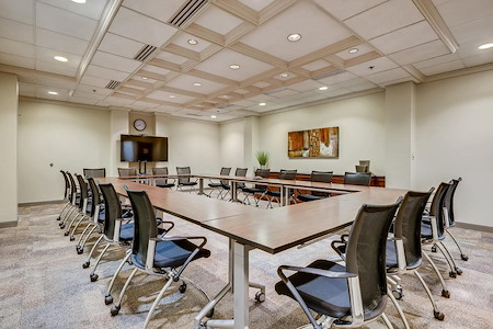 Office Evolution - Columbus - Worthington - Board Room - Seats 16- 20