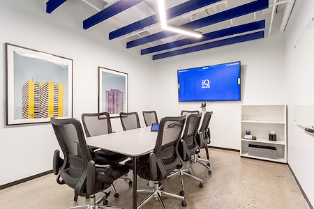 iQ Offices | 150 King Street West - York Room
