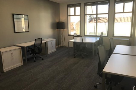 SPACES: Creative Office and Co-working - Pasadena - Pasadena Playhouse View