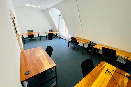 TechArtista Downtown - Office 302