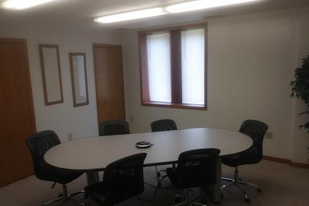 Desk Refuge - Conference room