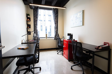 OFFIX Wicker Park - Office for 3-4