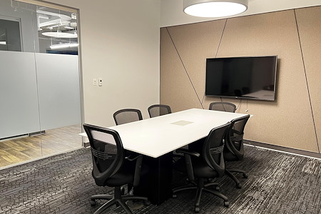 Workspace at Reston Town Center - Hunters Woods Meeting Room