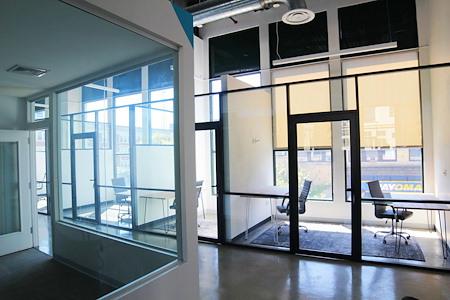 KOI Martine Offices - KOI Martine Offices | Office S