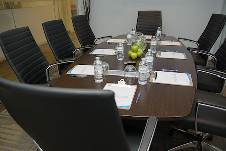 Agile Offices - King Meeting Room