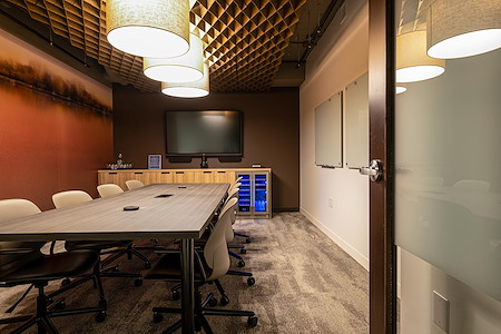 iQ Offices | 222 Queen St - Rideau Room