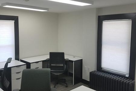 The Suite Corner - Team Suite 3