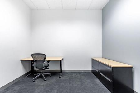 Regus - California, Roseville - Highland Pointe - Office 215