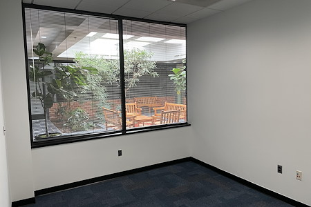 CDC Coworking - Office 6
