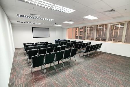 RNN Conference Center - Room Osaka