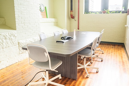 Groundwork - Light and airy boardroom