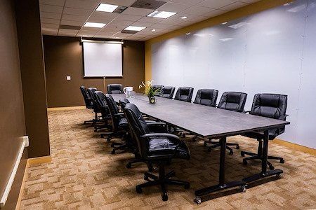 The Port @ Kaiser Mall (Uptown) - Large Team Retreat Room for up to 8