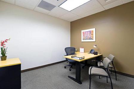 Regus | Iron Point - Office 1050