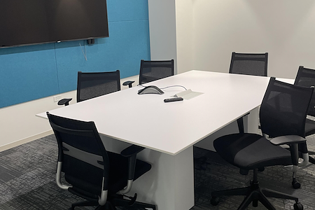 The Pitch Workspace - 6 Person Meeting Room