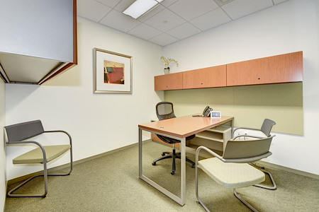 Carr Workplaces - Tysons - Chain Bridge Day Office