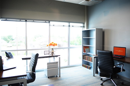 Business E Suites - Window Private Office