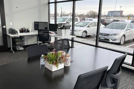 The Reserve - Edina - Edina Large Office