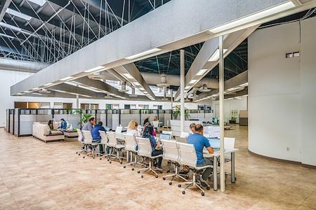 Irvine Office & Storage - Co-Working!