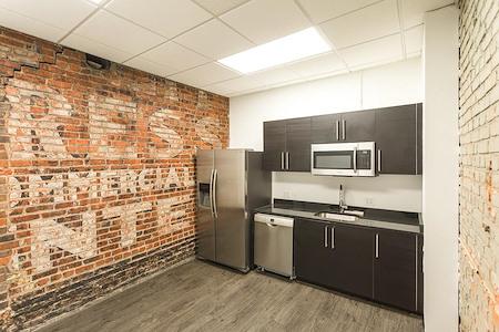 Expansive - Kansas City - Office 509