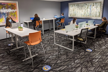 Pacific Workplaces - Oakland - The Coworking Corner