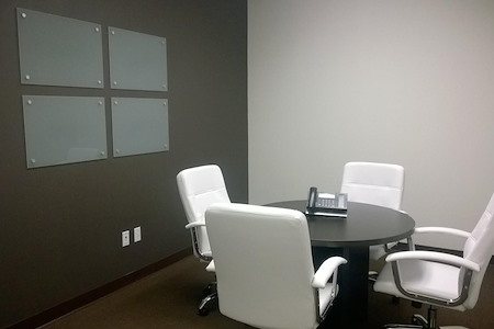 Valley View Executive Suites - Small Meeting Room