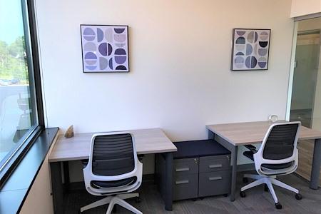 Office Evolution - Madison Arboretum - Dedicated Desk