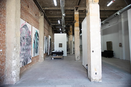 Ouro Studio Gallery - Industrial Downtown Workspace