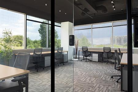 Venture X Richmond Hill - 5 Person Private Office