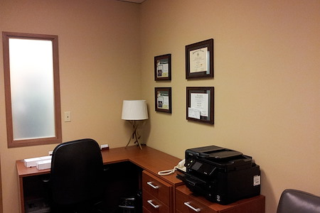 (BOT) North Creek Executive Offices - Interior Office