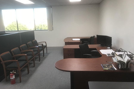 Exclusive Business Marketing - Large 800sq ft Office Space - Furnished