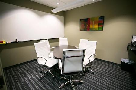 1600 Executive Suites - White Room