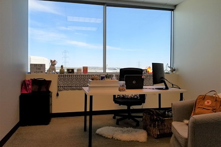 Thrive Workplace @ West Arvada - Window Office