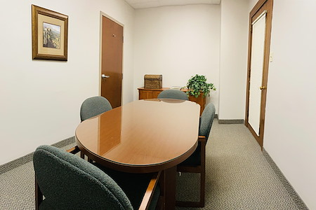 Palace Business Centres - Suite 1423