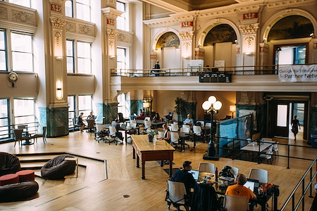 Fueled Collective – Minneapolis Downtown - Flex membership (hot desk)