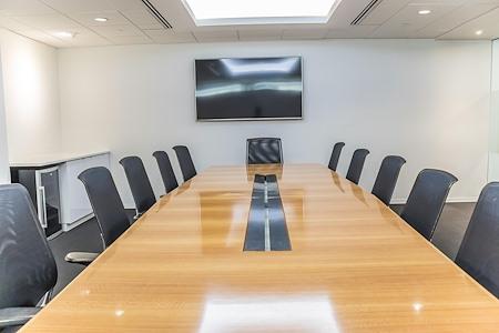 AdvantEdge Workspaces - Downtown Center - Federal Triangle, Suite 300